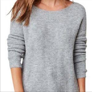 New BB Dakota Gray Vale Pique Stitch Sweater